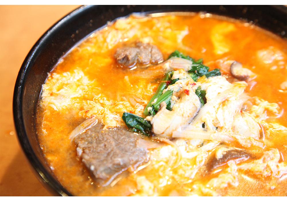 カルビクッパ(Kalbee Soup with Rice)