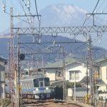 1月20日運転席の後ろから見える富士山をパチリ
